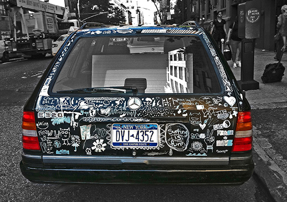 web-graffiti-car